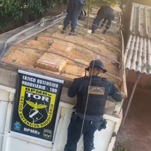 PMR apreende carreta com cerca de 35 toneladas de maconha.