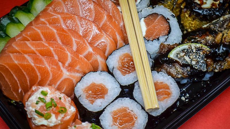 Comida japonesa não engorda? Descubra seis mitos e verdades sobre alimentação