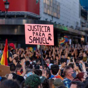 Morte na Espanha de jovem nascido no Brasil gera protestos contra homofobia
