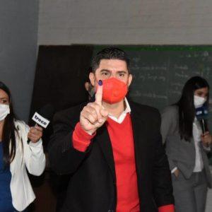 Nenecho presentó su renuncia a la intendencia de Asunción