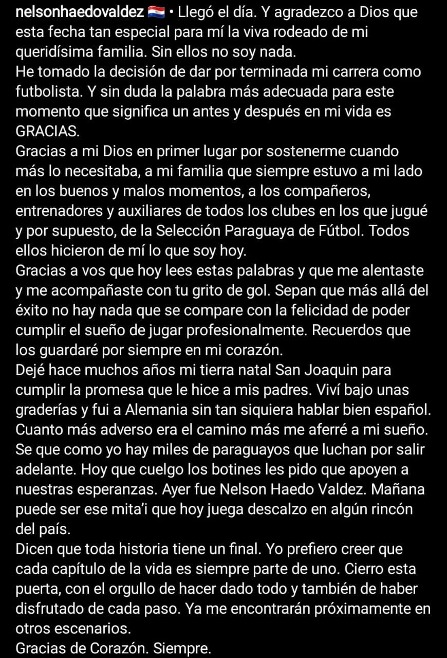 Nelson Haedo Valdez a través de su cuenta de instagram anuncia su retiro del fútbol.