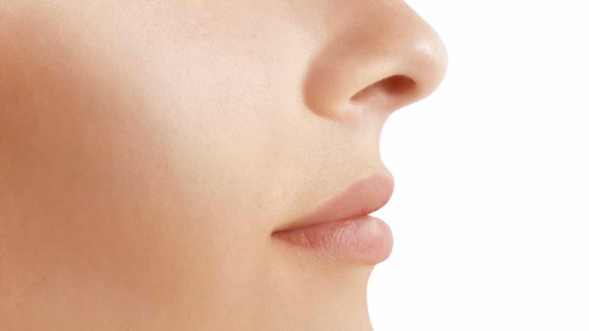 Roacutan vira febre nas redes sociais com a promessa de afinar o nariz