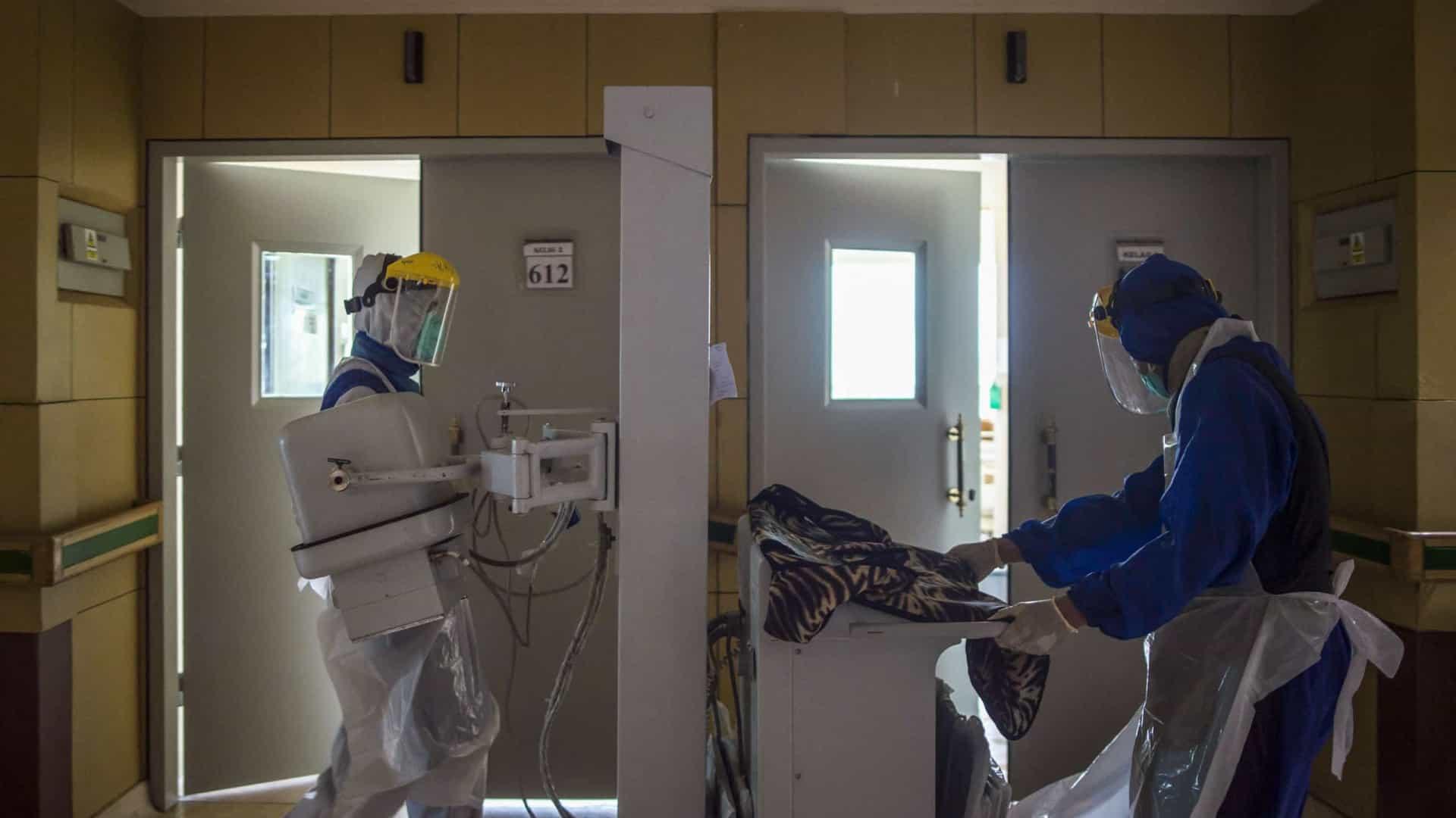 A cientista que testou a eficácia da vacina Sinovac morre de Covid-19