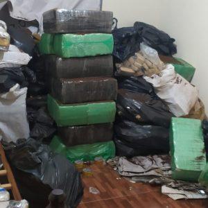 GCMFRON APREENDE QUASE DUAS TONELADAS DE MACONHA NO RESIDENCIAL PONTA PORÃ I