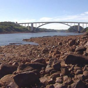 Técnicos evalúan bajante del río Paraná y sus repercusiones energéticas