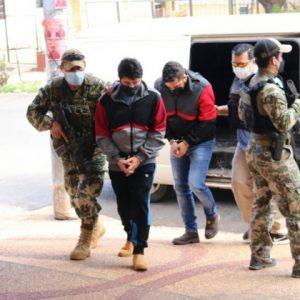 Brasileños detenidos con 500 kilos de cocaína declaran en fiscalía