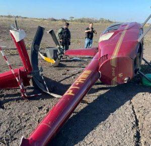 Um helicóptero carregado com drogas foi encontrado caído neste domingo (1) na zona rural de Poconé