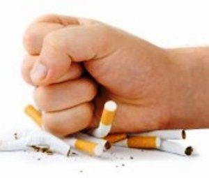 Salud Pública dispone la línea 140 de ayuda a personas que quieren dejar de fumar