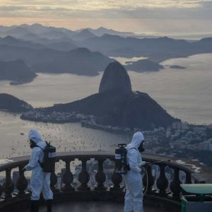 Rio passa a exigir certificado de vacina contra covid em alguns locais