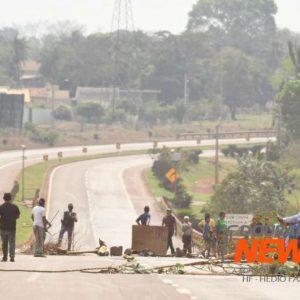 Indígenas seguem com bloqueios em rodovias no MS
