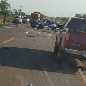 CAP.BADO.Madre e hijos sufren aparatoso accidente vehicular sobre la Ruta PY11