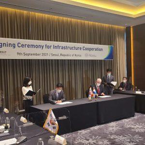 Paraguay y Corea firman memorándum de entendimiento para el tren de cercanías