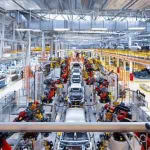 Sem carro zero no mercado, preço de usados sobe até 20% e vendas disparam