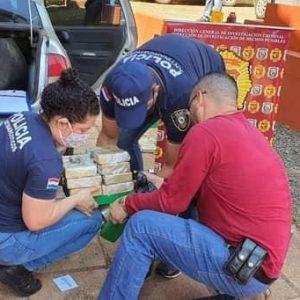 HALLAN MARIHUANA EN DOBLE FONDO DE VEHÍCULO BRASILEÑO