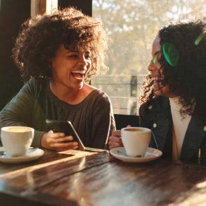 Esta é a melhor hora do dia para beber café, de acordo com a ciência